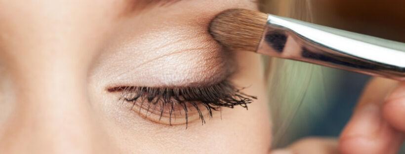 Yamuna bőrbarát ásványi szemhéjfesték